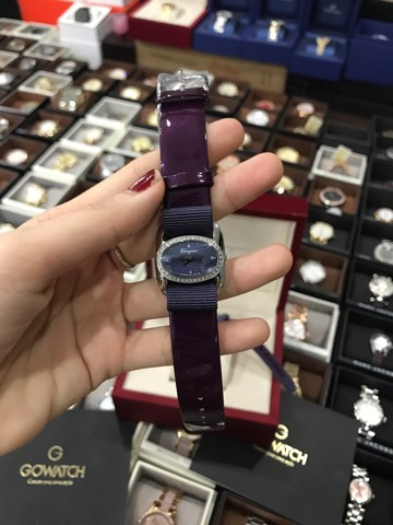 Salvatore Ferragamo Women's FIE040015 VARINA Analog Display Quartz Purple Watch