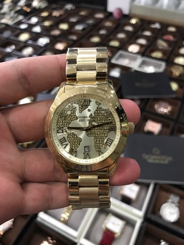 Michael kors nam page 6 ng h xch tay gowatch 8800000 michael kors unisex layton world map gold tone crystal glitz watch mk5959 gumiabroncs Images