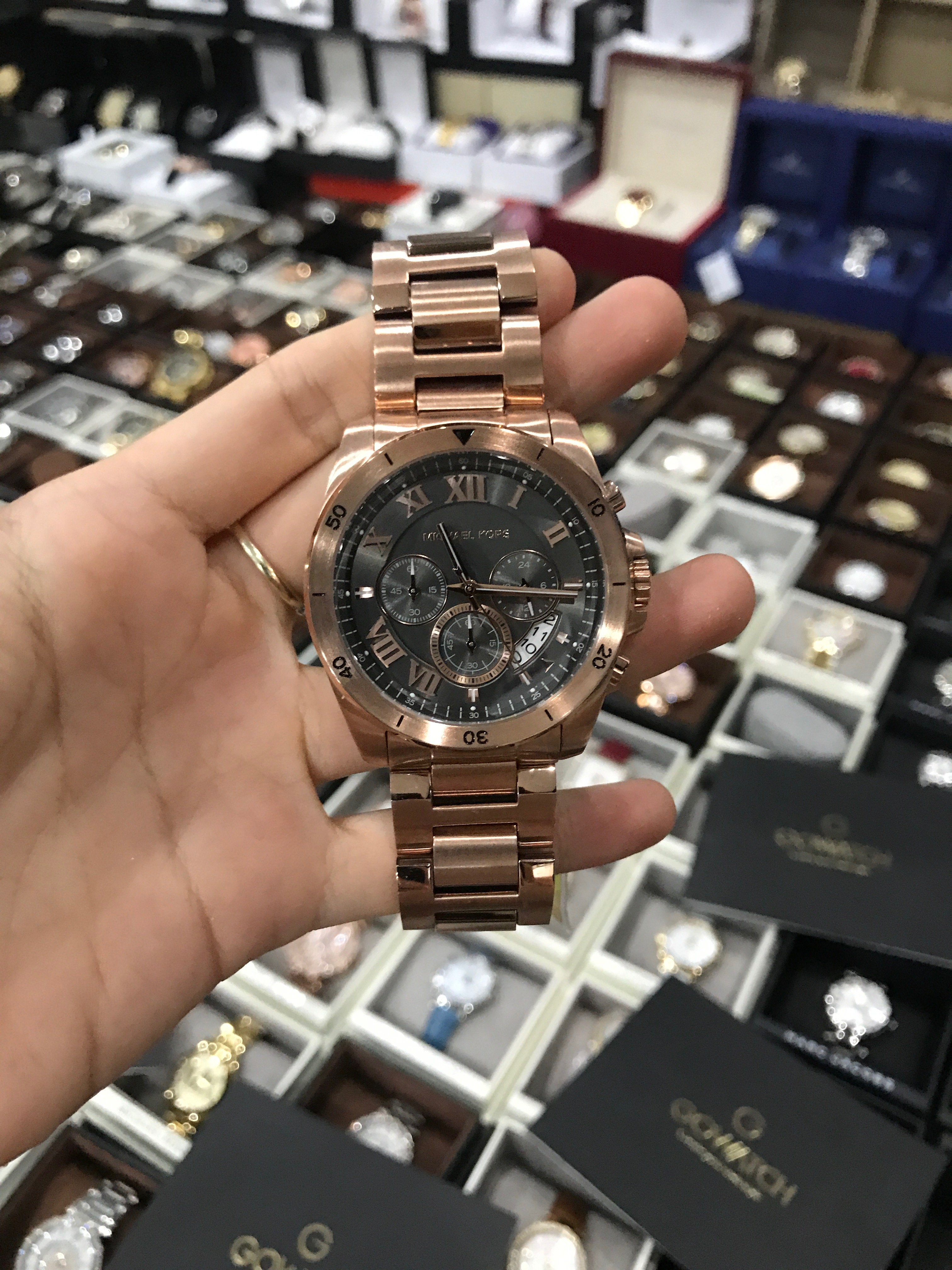 60a30c1d003c MICHAEL KORS Brecken Grey Dial Men s Rose Gold Chronograph Watch Item –  Đồng hồ xách tay GoWatch