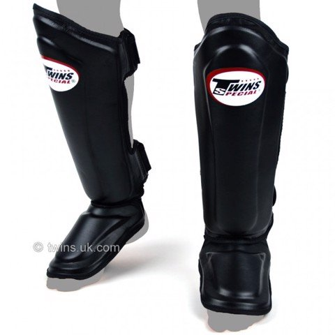BẢO HỘ CHÂN TWINS SGL-10 DOUBLE PADDED LEATHER SHINGUARD - BLACK