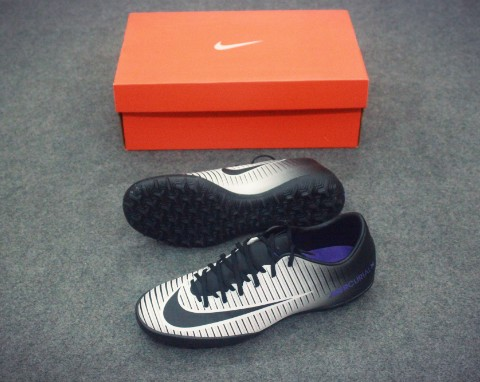 NIKE MERCURIAL VICTORY VI TF BLACK/HYPER GRAPE/WOFL GREY