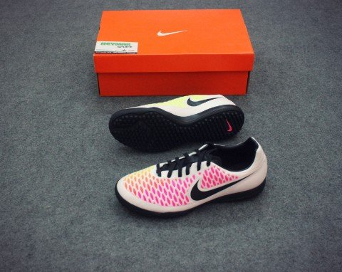 NIKE MAGISTA ONDA TF WHITE/BLACK/PINK BLAST