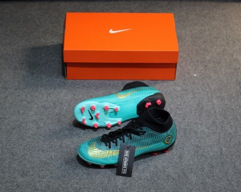 Nike Mercurial SuperflyX 6 Academy MG CR7 Chapter 6:Born Leader - Clear Jade/Vivid Gold/Black