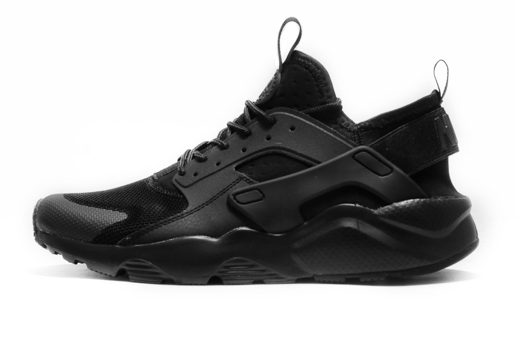 NIKE AIR HUARACHE ULTRA TRIPLE BLACK