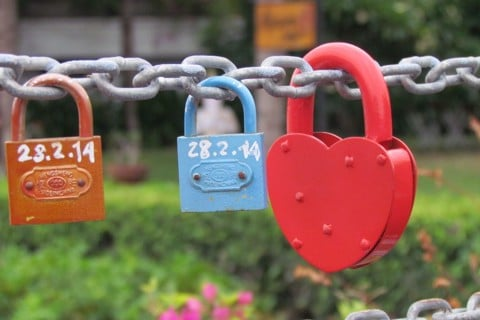 CHAMPA LOVE LOCK BRIDGE