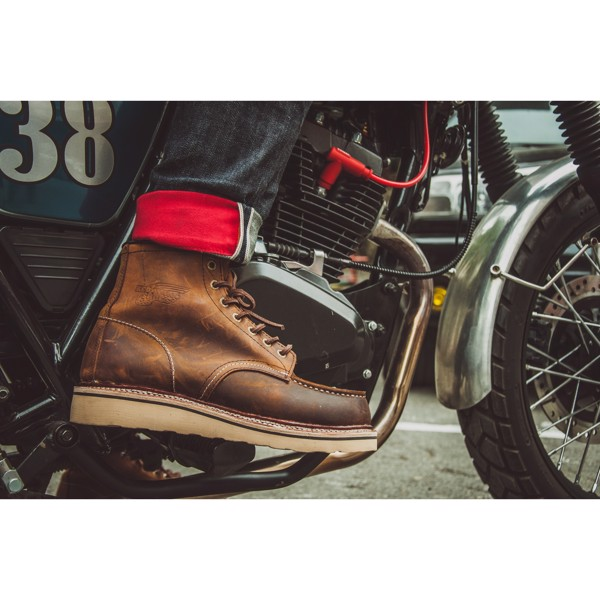 Red Wing Moc Toe, Red Wing Iron Ranger, Red Wing Heritage, Work Boots, Men's Boots, Bốt da nam, Giày da nam, Giày da cao cổ nam, Red Wing, Red Wing Hà nội, Bốt cao cổ, giày da cao cổ, bốt nam, Giày da