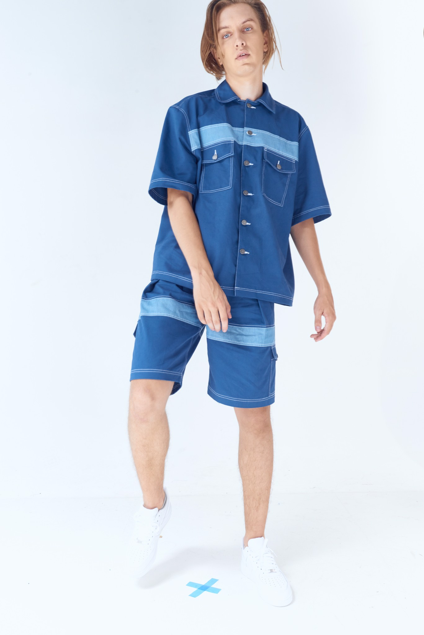 Contrast Panel Short-sleeved Shirt