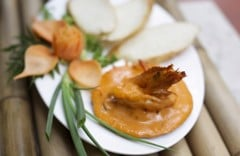 Baked prawn with kanta sauce served with bread