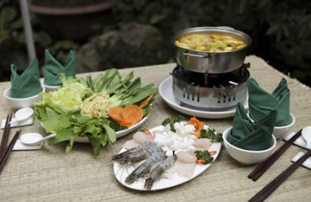 Seafood hotpot with vegetables
