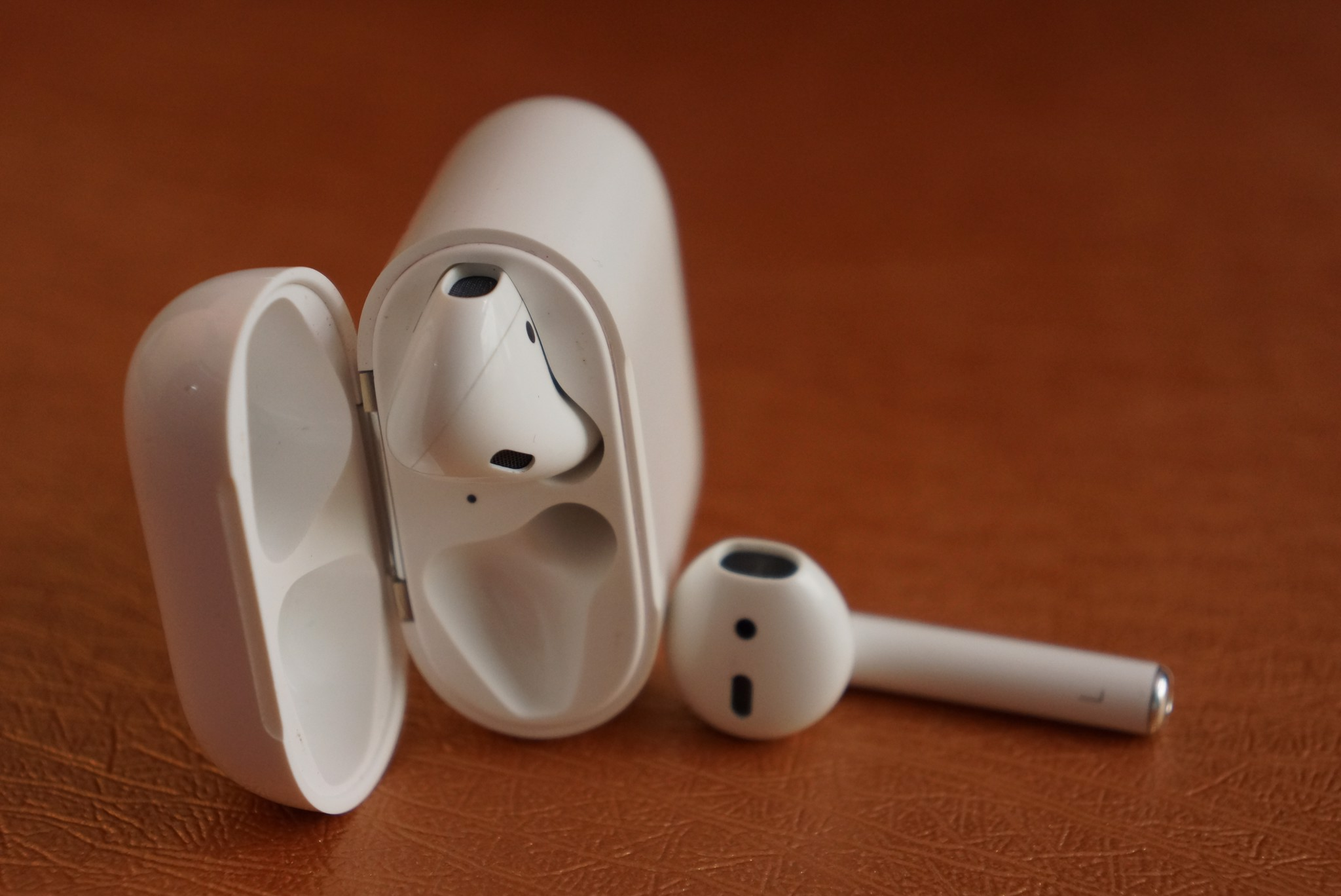 Tai Nghe Bluetooth Apple AirPod like new