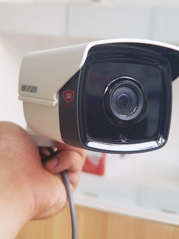 CAMERA TVI HIKVISION 2.0MP DS-2CE16D0T-IT3