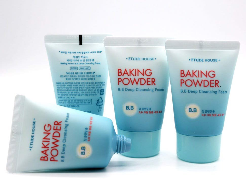 Sữa rửa mặt Etude House Baking Powder BB Deep Cleansing Foam