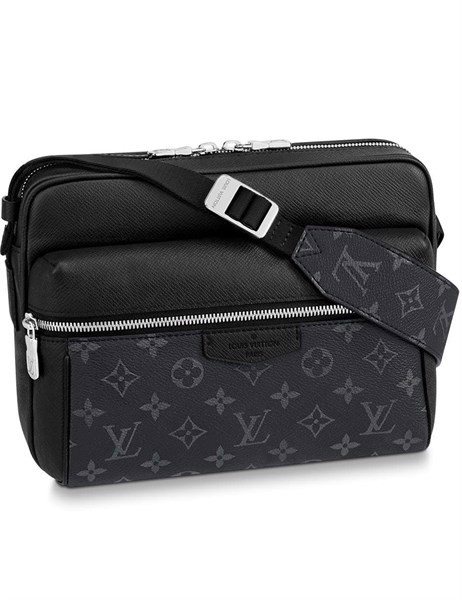 LV Outdoor Messenger