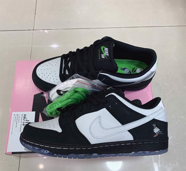 "SB Dunk Low ""Panda Pigeon"" (PK)"