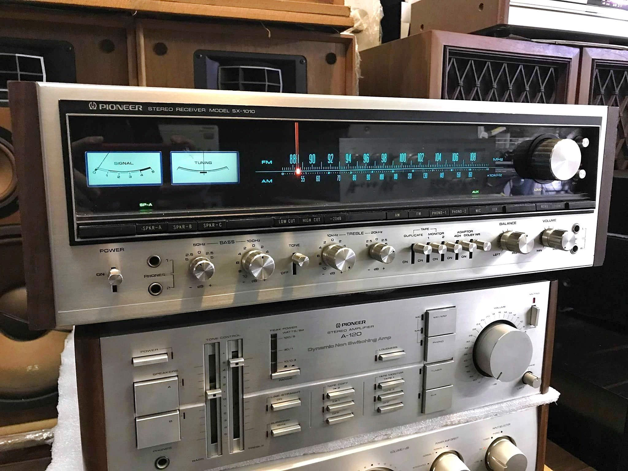 AMPLY FM PIONEER SX-1010