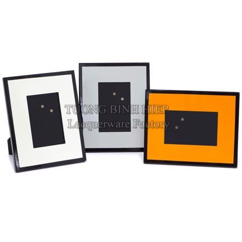 Lacquer photo frames