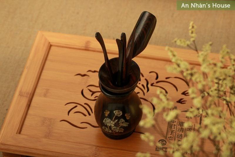 Bộ gắp trà - Gỗ hương cẩn ốc