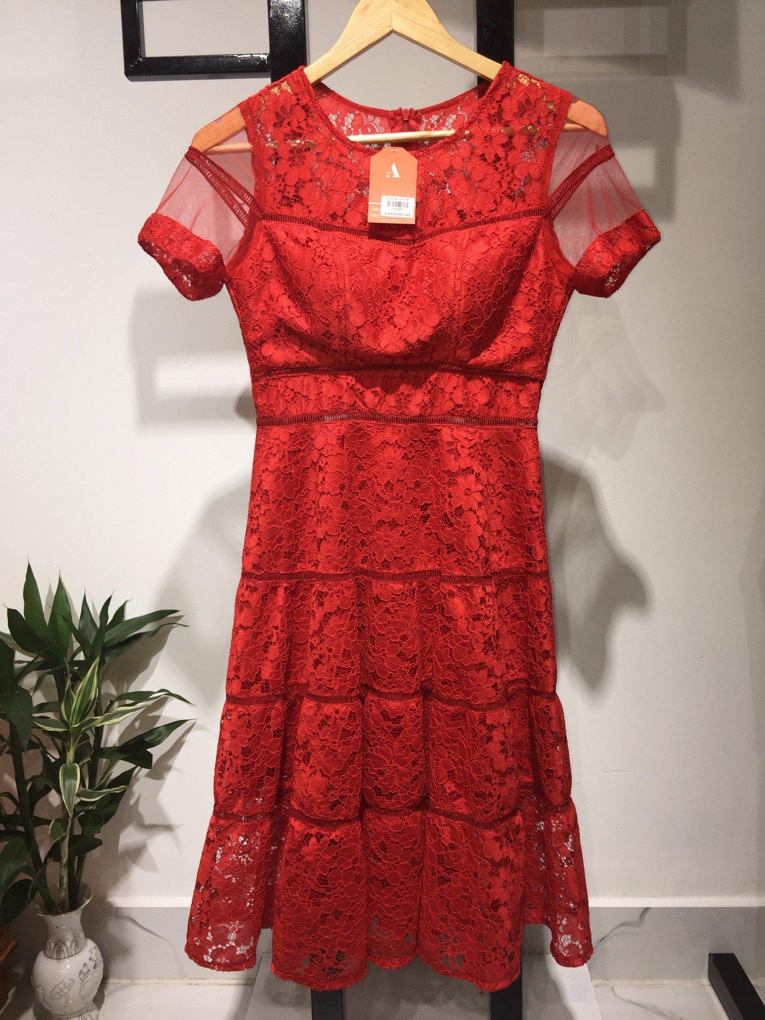 Đầm xòe tay lưới viền