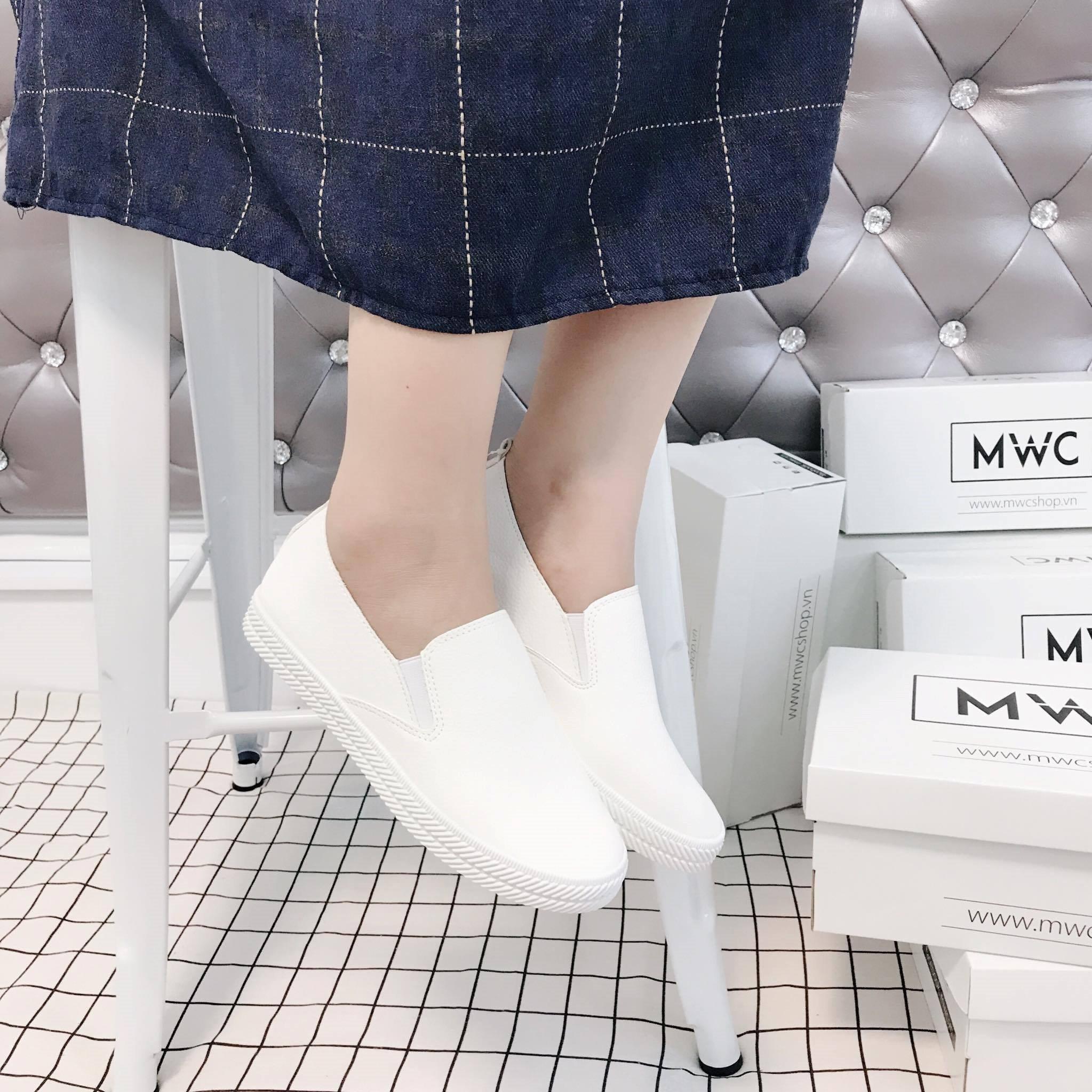 Giày Slipon nữ MWC NUSL- 1517