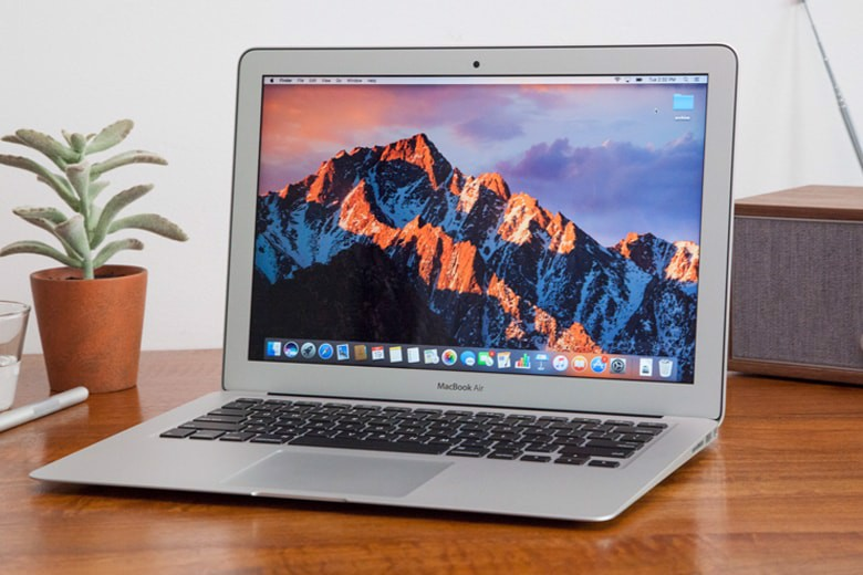 MacBook Air 13-inch MQD32(2017) i5/8Gb/128Gb NEW Trôi Bảo Hành