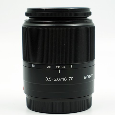 Lens Sony DT 18-70mm F/3.5-5.6 ( QSD 95% )