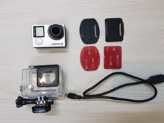 GP02 - Gopro hero 4 silver - like new 99%