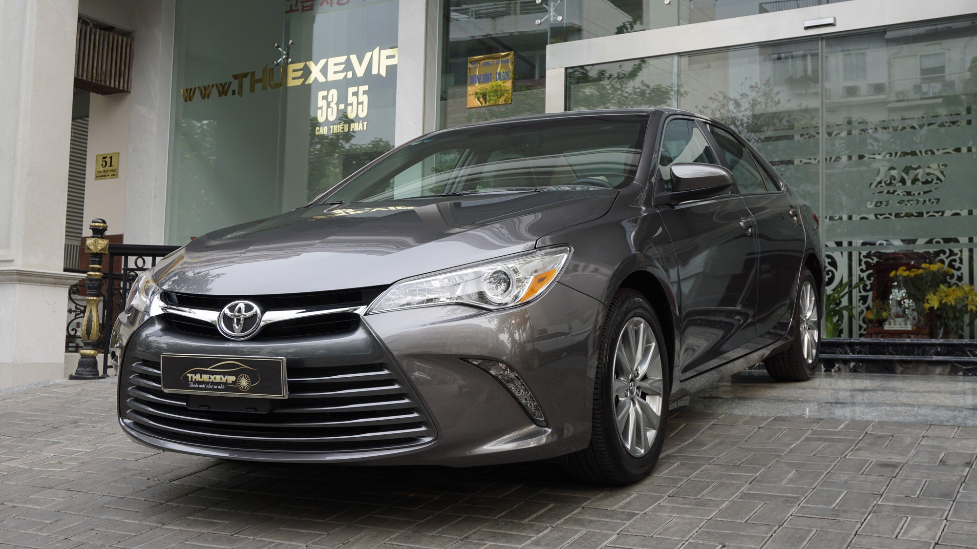 TOYOTA CAMRY XLE 2.5L