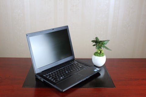 Dell Latitude E6410 - NVS 31000M