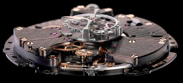 đồng hồ cơ chính hãng