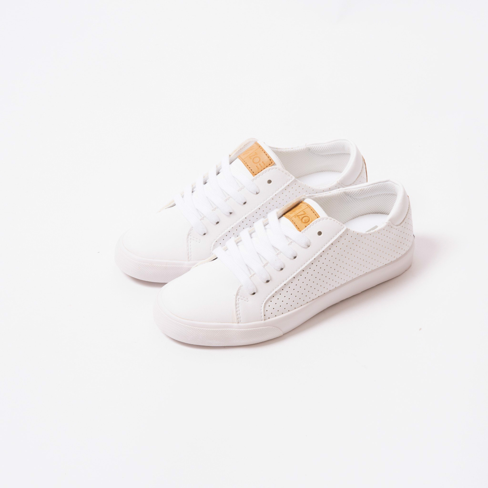 Zoe Kickstart Perforated