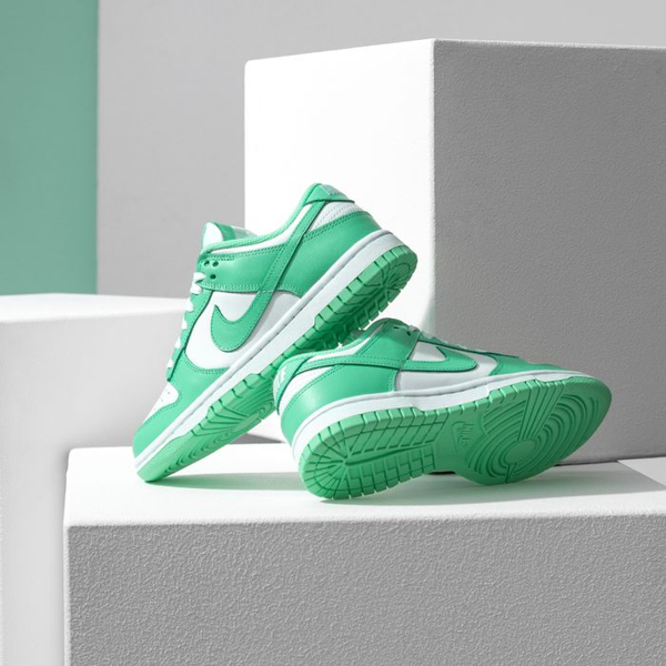 Giày Nike Wmns Dunk Low 'Green Glow' DD1503-105 – AUTHENTIC SHOES