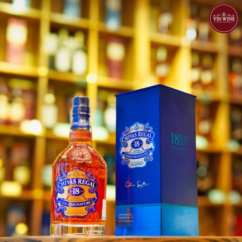 Chivas 18 Years Gold Signature