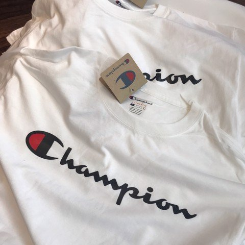 P100033 ÁO THUN CHAMPION GRAPHIC TEE