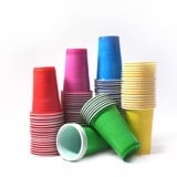 Color plastic cups 10/pack