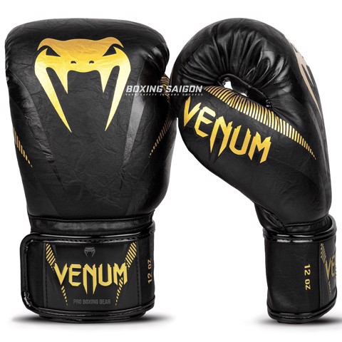 Găng Tay Venum Impact Boxing Gloves - Black/Gold
