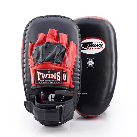 ĐÍCH ĐẤM ĐÁ TWINS PML-23 PUNCHING MITTS - BLACK/RED