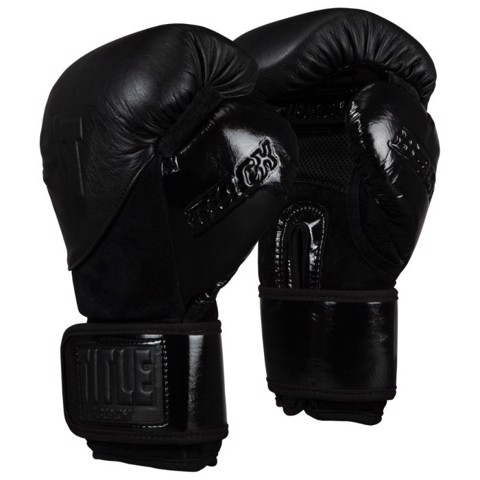 Găng Tay Title Black Blitz Sparring Gloves