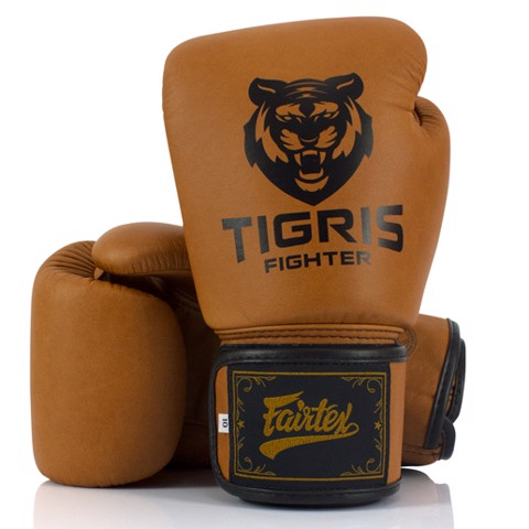 Găng Tay Classic Fairtex X Tigris Boxing Gloves