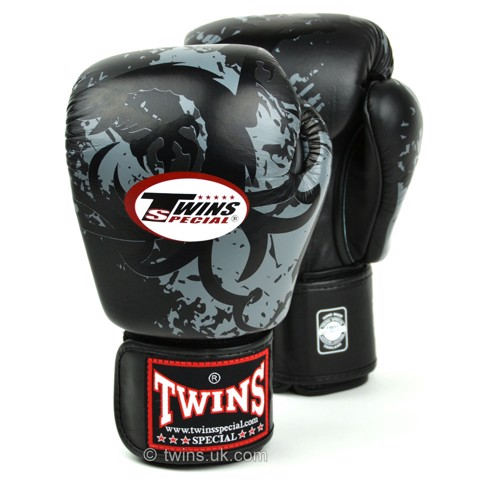 GĂNG TAY TWINS FBGVL3-36 TRIBAL DRAGON BOXING GLOVES