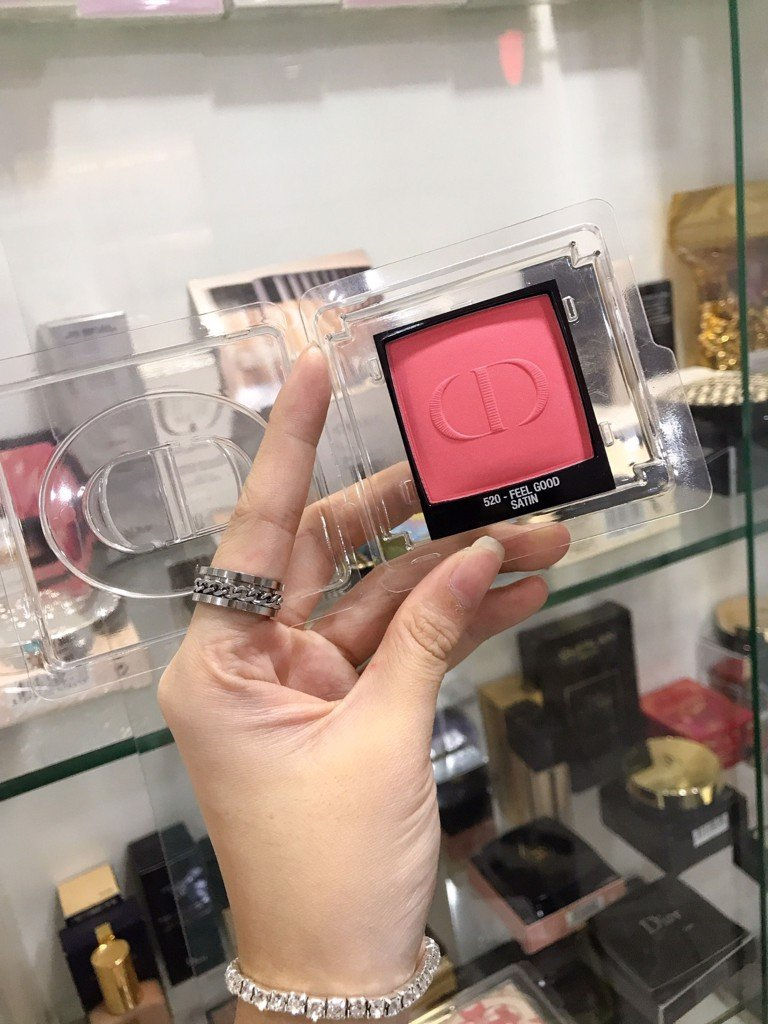 Phấn Má Hồng Dior Rouge Blush 520 Feel Good Satin Tester Full Size