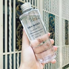 Nước hoa hồng Muji Light Toning Water Moisture 200ml