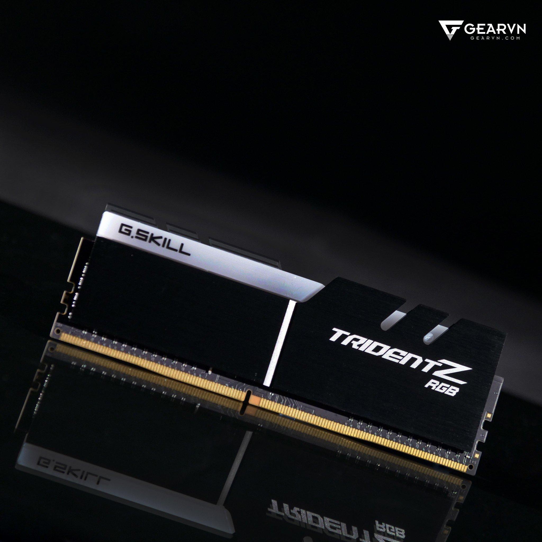 (32G DDR4 2x16G 3000 ) G.SKILL Trident Z RGB