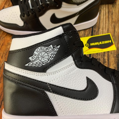 Jordan 1 high Black white JDM22