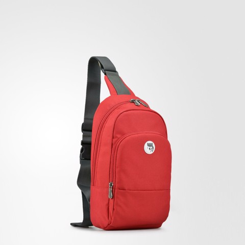 The Pax Sling Red