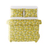 Best price 146 Flowers on yellow