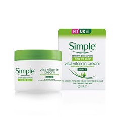 Kem dưỡng da ban đêm Simple Kind To Skin Vital Vitamin 50ml