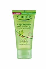Sữa rửa mặt Simple Kind To Skin Refeshing Facial Wash Gel