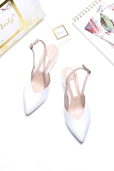 giày xăng đan merly 1186 trắng kem