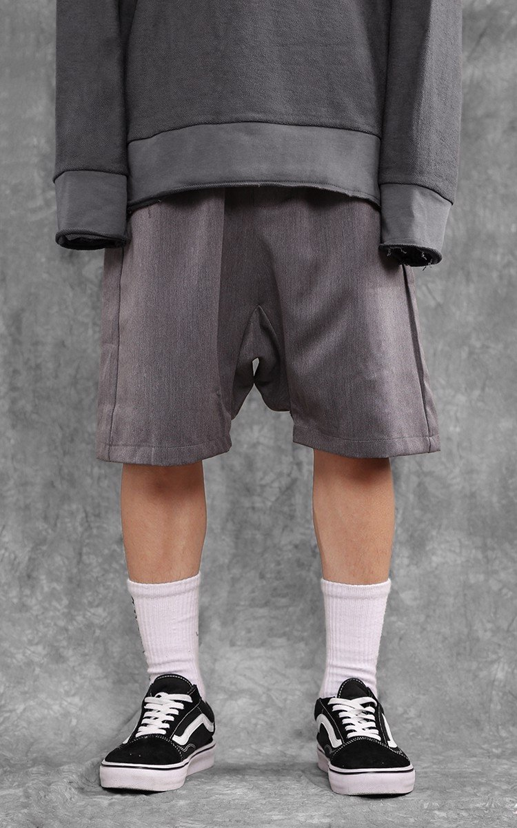 Drop Crotch Short In Grey