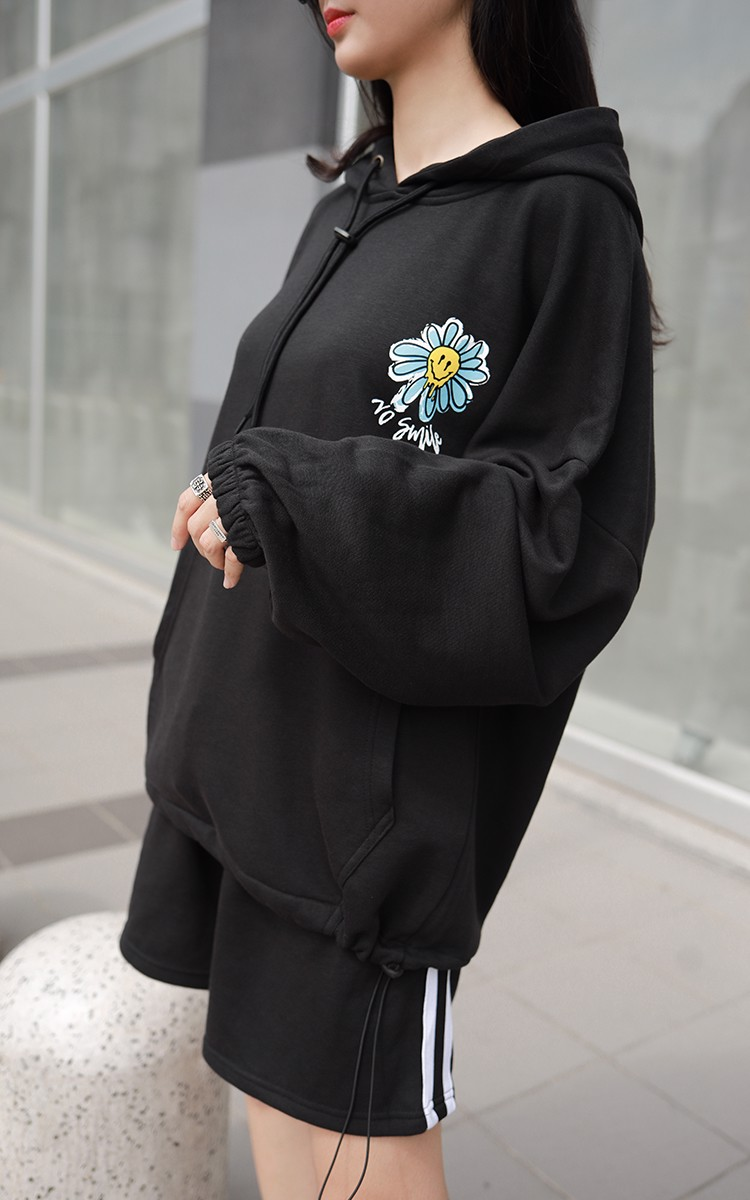 No Smile Oversized Hoodie In Black